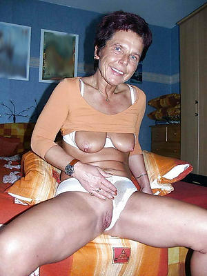 beautiful horny old grandmothers