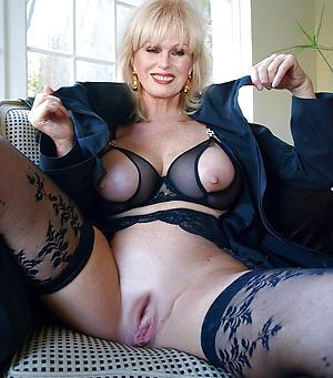 naughty mature natural women