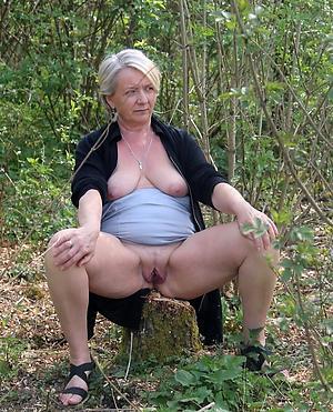 nice amateur housewife