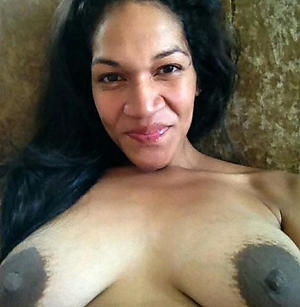 busty latina milf love posing revealed