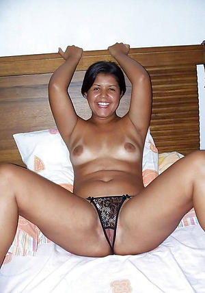 xxx pictures of sexy latina milf