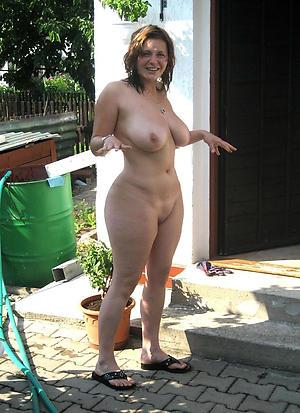 nice full-grown long legs