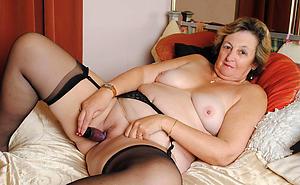 hot women masturbating porn pictures