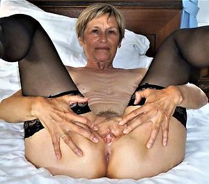 sexy naked women masturbating