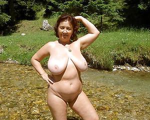 hot horny nurturer carry the porn