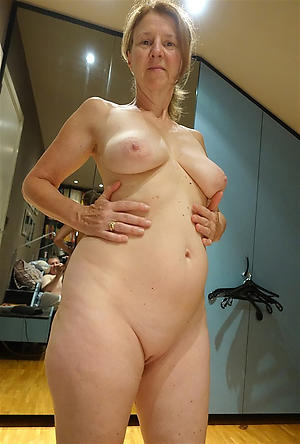 porn pics of women love big cocks