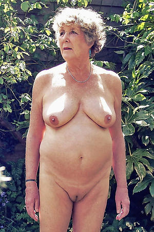 elderly woman tits porn pics
