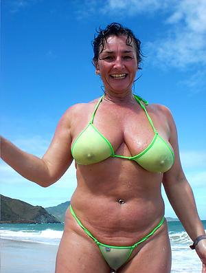 xxx pictures of women everywhere bikinis