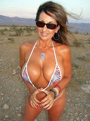 hot bikini column porn pictures