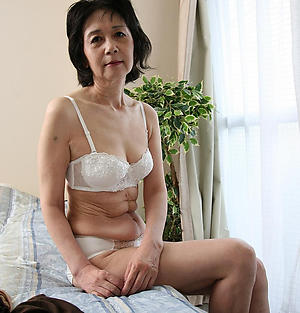 hot naked asian women private pics