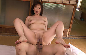 hot sexy asian women love posing uncovered