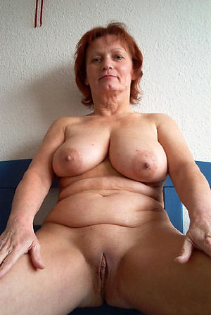 mature body of men with big jugs posing nude