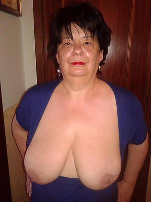 hotties mature women with big tits