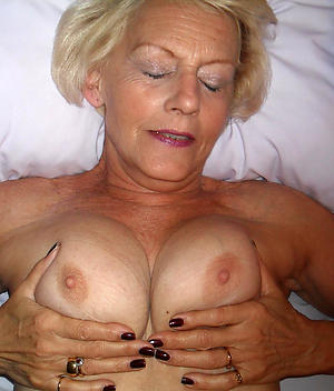 old women with big tits amateur pics