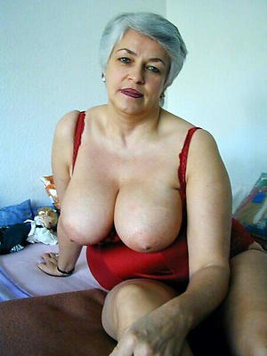 old women with big tits posing in the altogether