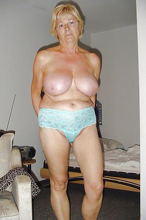beautiful blonde body of men posing nude