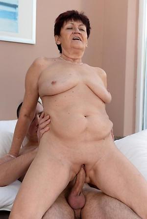 free pics of mature women getting fucked