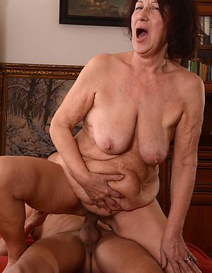 nude pics of mature amateur women fucking