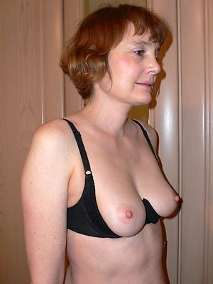 free pics of matured hairy redhead pussy