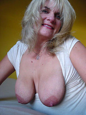 sex galleries of hairy mature saggy tits