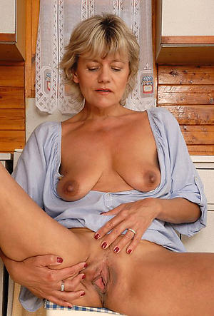 granny saggy tits porn pictures