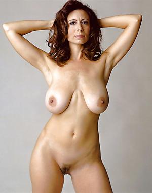 sexy moms saggy tits big nipples