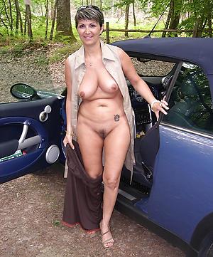 hotties little mature saggy tits