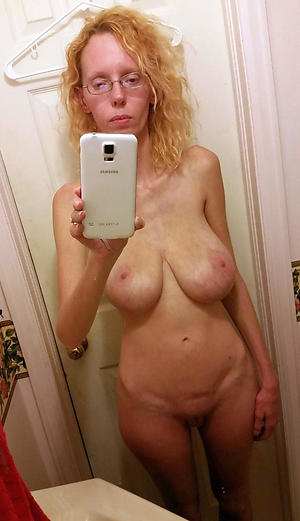 crazy cute mom selfie