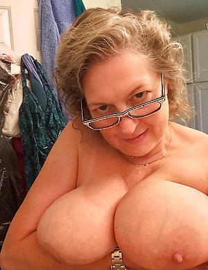mature selfie tits sex gallery