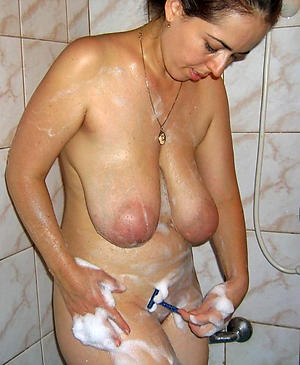 totally shaved mature sex pics