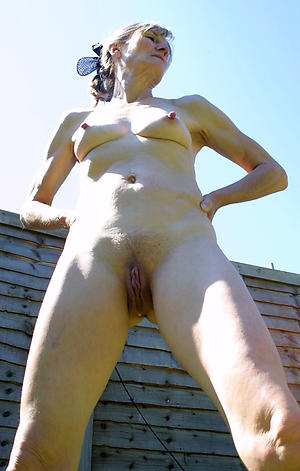 skinny granny shaved pussy sex gallery