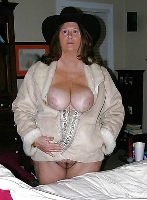 mature women with small tits sex pics
