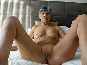 xxx older women with small tits