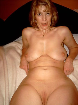 solo women nude free pics