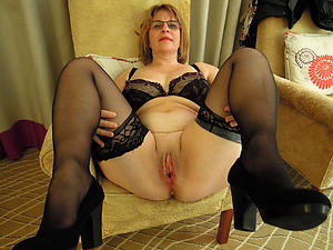 hot women in stockings porn pictures