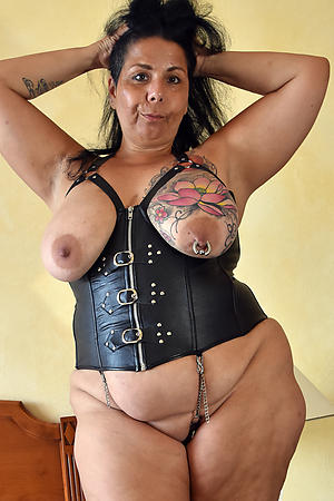 amazing women with tattos