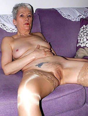 nude pics of old lade witth tatto