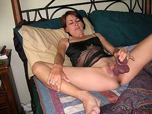 old lady masturbates sex pics