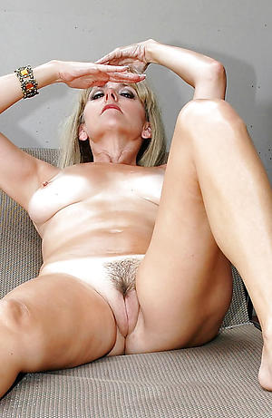 nude granny mom porn pics