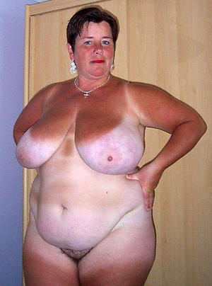 big granny knockers posing nude
