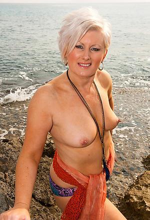 beautiful erotic women porn pictures