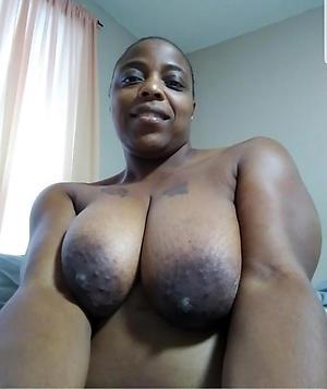 mature ebony milf porn pics