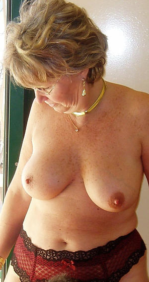 Chubby naked older women