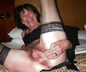 mature vulvas amateur pics