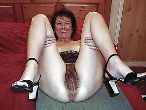 nude hairy vulvas