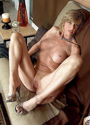 mature in one's birthday suit legs sex pics