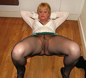 porn pics of grannys in pantyhose