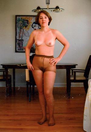 free pics of grannys in pantyhose