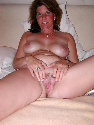sexy of age milf cougar