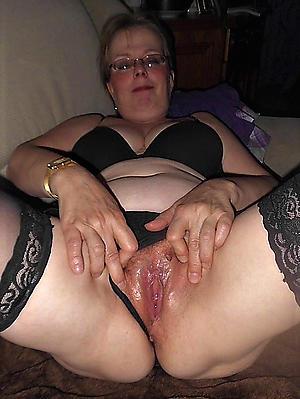dabbler mere grannies porn pics